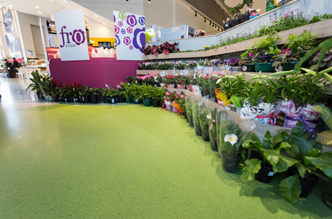 New SuperSpar Store Specifies a Bespoke Floor Finish